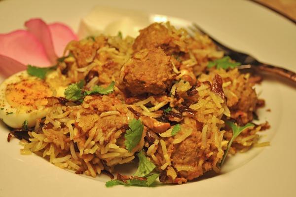 Degi Biryani Chef Zubaida Tariq