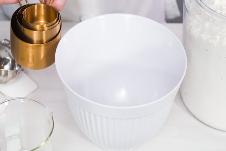 Advantages of Glass Mixing Bowl