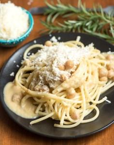 Pasta with Garbanzo Beans