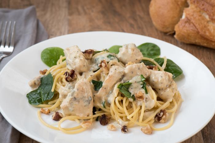 Creamy Chicken Gorgonzola Pasta Sauce