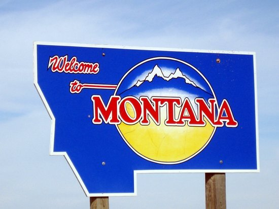 "A sign that reads ""Welcome to Montana"""