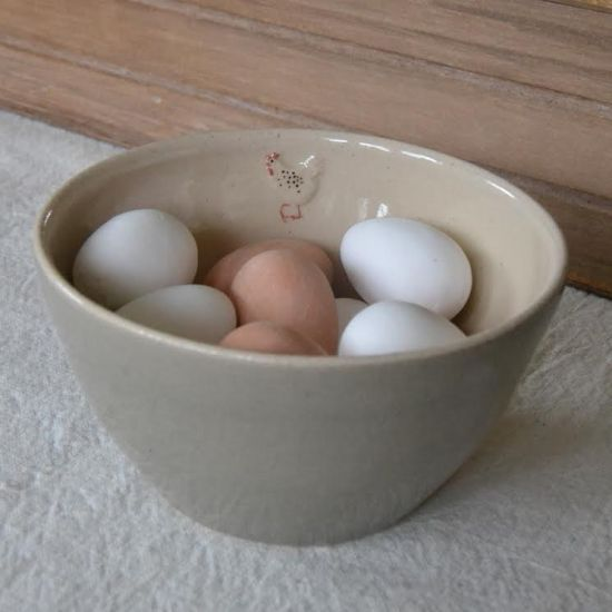 Jane Hogben Bowl Hen Grey