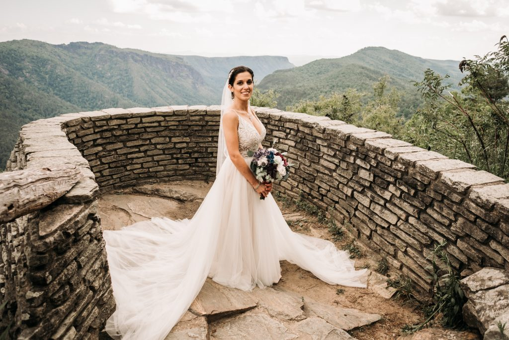 A bride at Wiseman's View