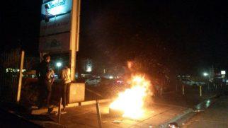 Fire near car entrance to Lukhanji Spar parking