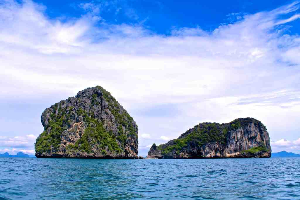 PHOTOS TO INSPIRE YOU TO VISIT THAILAND | THE REPUBLIC OF ROSE