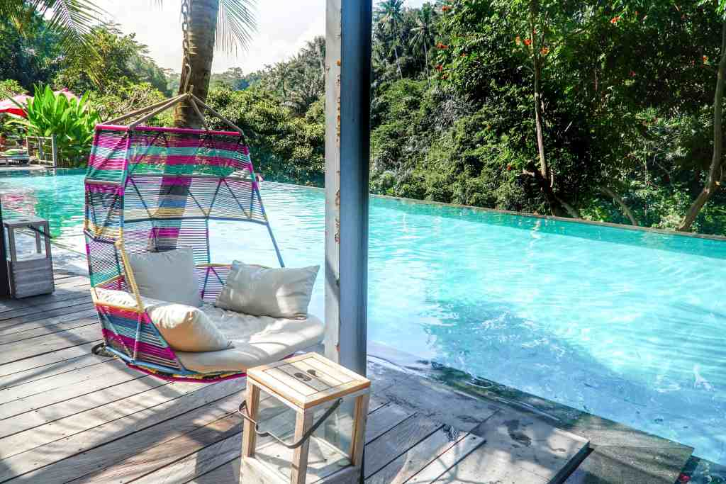 A DAY AT JUNGLE FISH IN UBUD