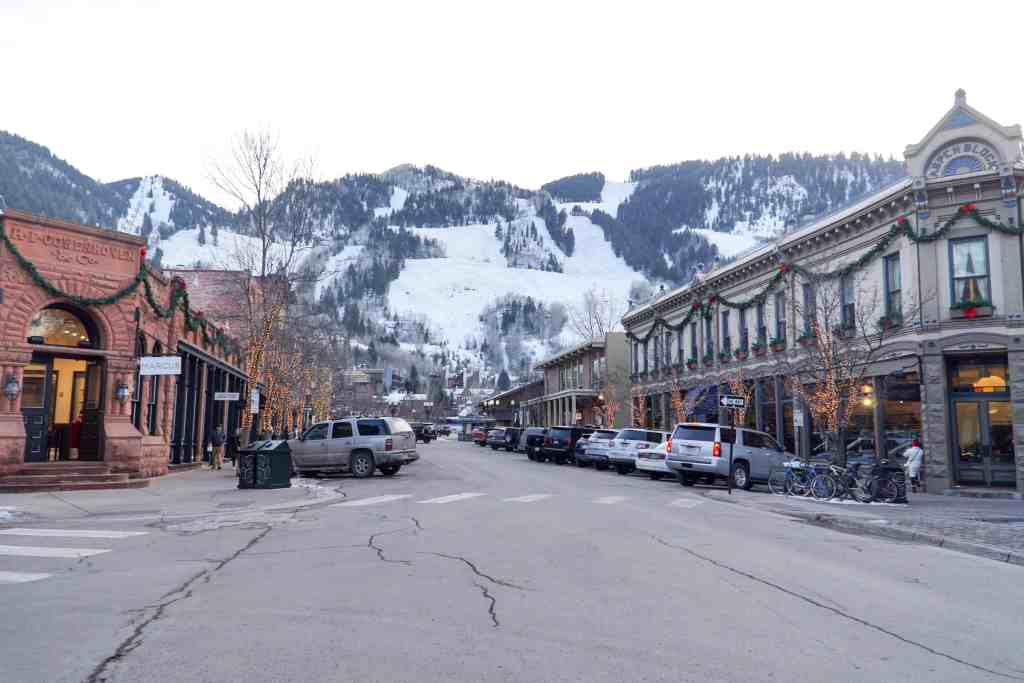 The Ultimate Guide to Aspen Colorado | The Republic of Rose
