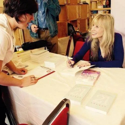 Theresa Cheung Book Signing