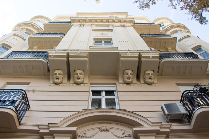 Unique architecture with faces in Stari Grad: Things to do in Belgrade