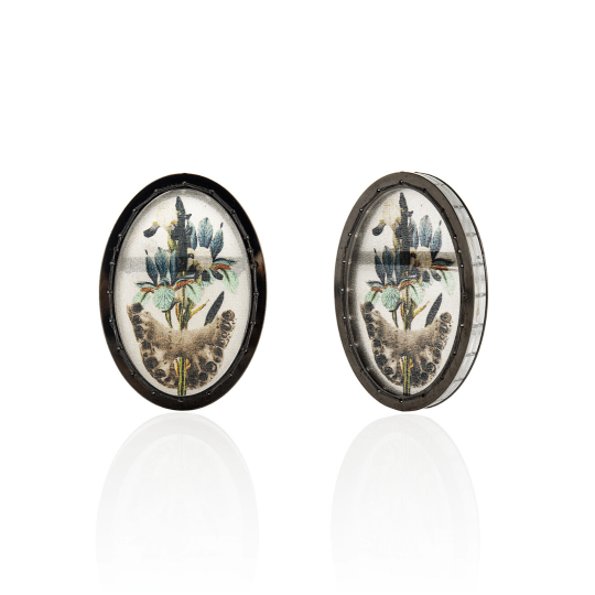 Chiara Scarpitti, Exting flowers and skulls, earrings, LUCE LUZ LIGHT online exhibition, Thereza Pedrosa gallery, Asolo