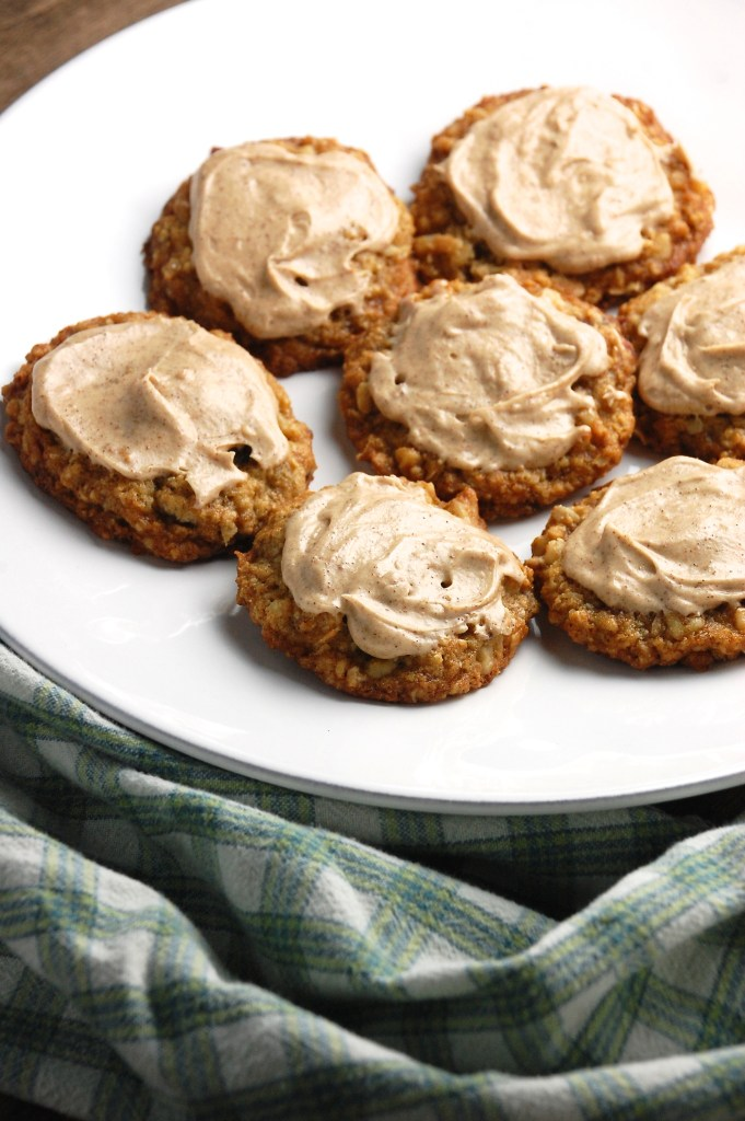 Oatmeal Cookies with Cinnamon-Coffee Frosting | theringers.co