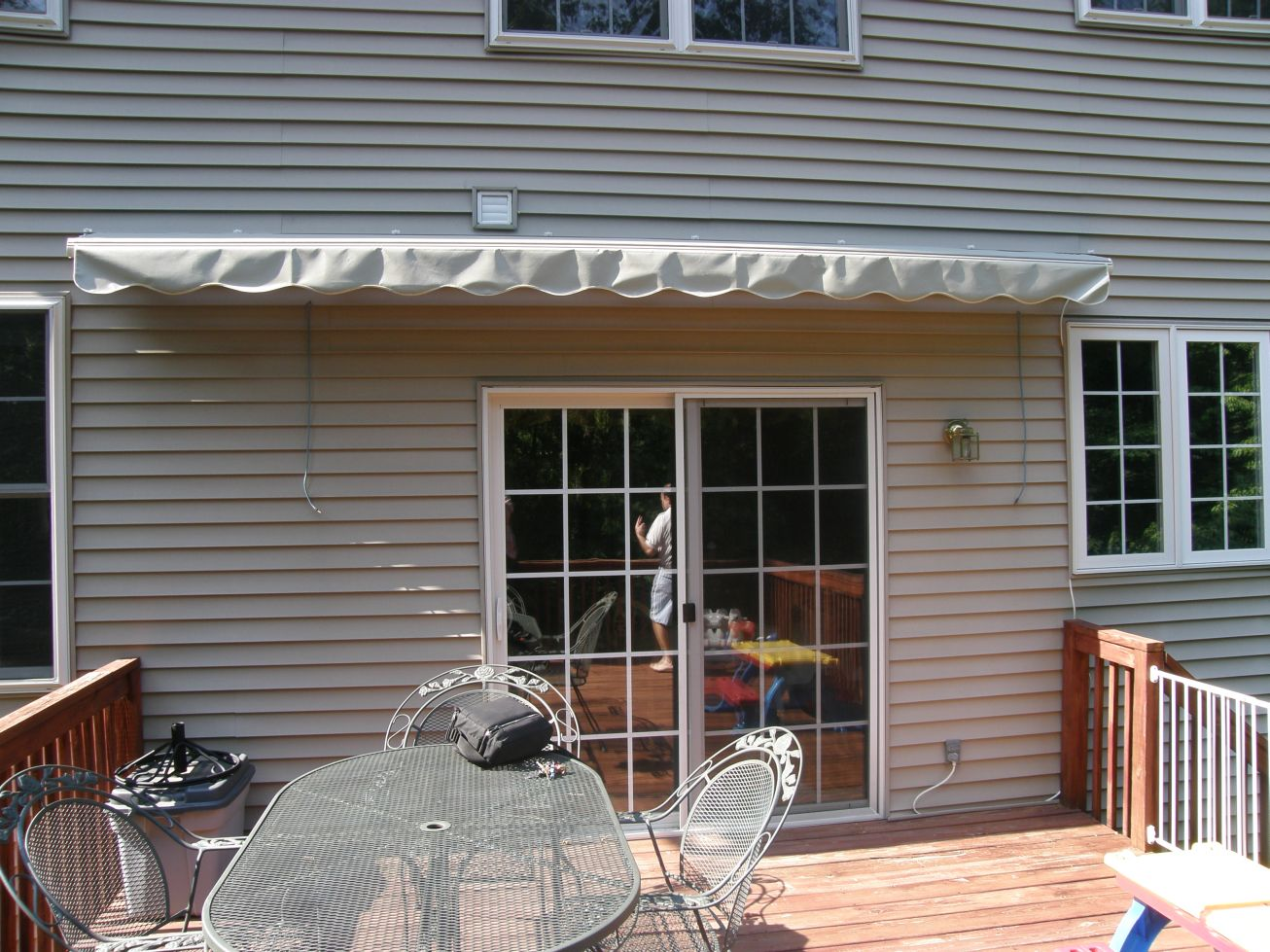 Motorized Retractable Awning 32