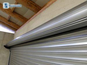 reducción de bobinado de puertas industriales de metal en espiral