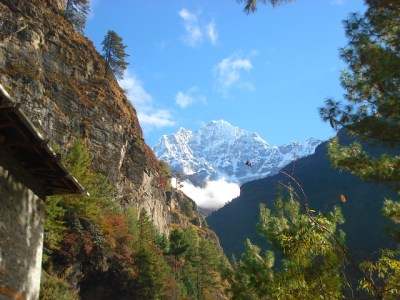 Mountain view on the trek to Mt Everest Base camp