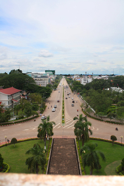 Looking down Avenue Lang Xang from Patuxai in Vientiane, Laos
