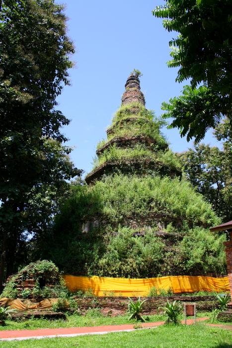 main chedi at Wat Chedi Luang in Chiang Saen, Thailand