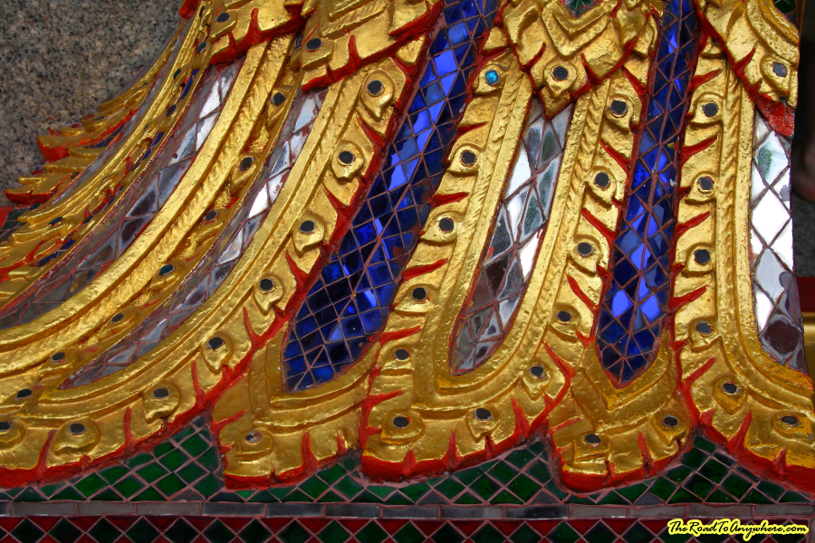 Close up of tiles at Wat Indraviharn in Bangkok, Thailand