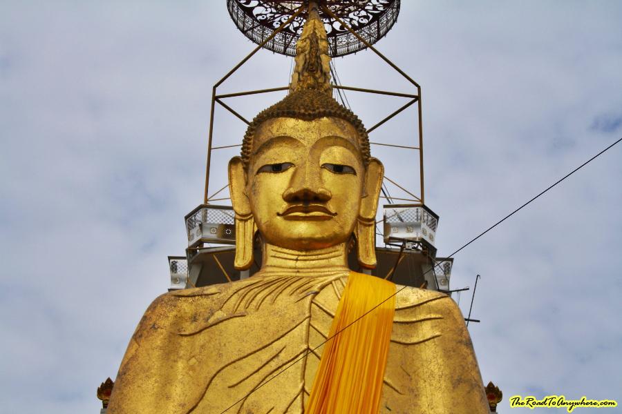 Standing Buddha at Wat Indraviharn in Bangkok, Thailand