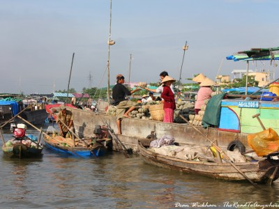 Boats trading at Cai Rang Floating Market in the Mekong Delta, Vietnam