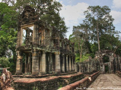 Two story building at Preah Khan in Angkor, Cambodia
