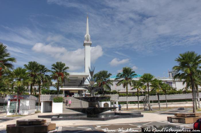 Masjid Negara - National Mosque in Kuala Lumpur, Malaysia