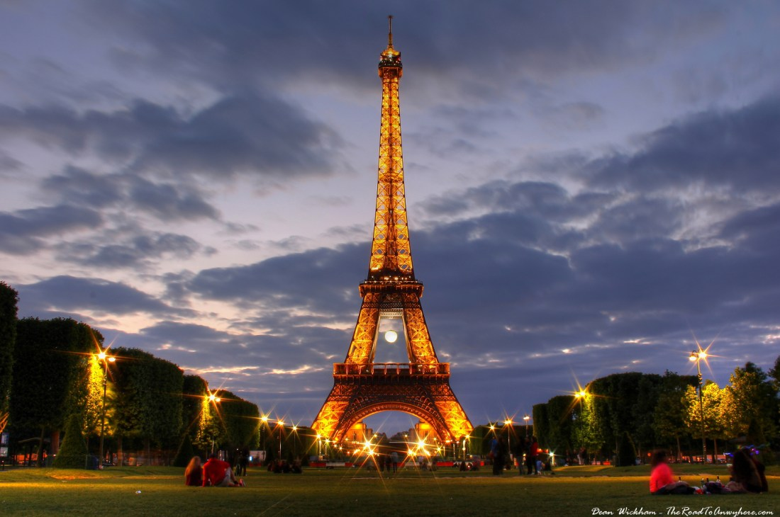 https://i2.wp.com/www.theroadtoanywhere.com/wp-content/uploads/2016/05/Eiffel-Tower-at-Night-Feat.jpg?resize=1100%2C730
