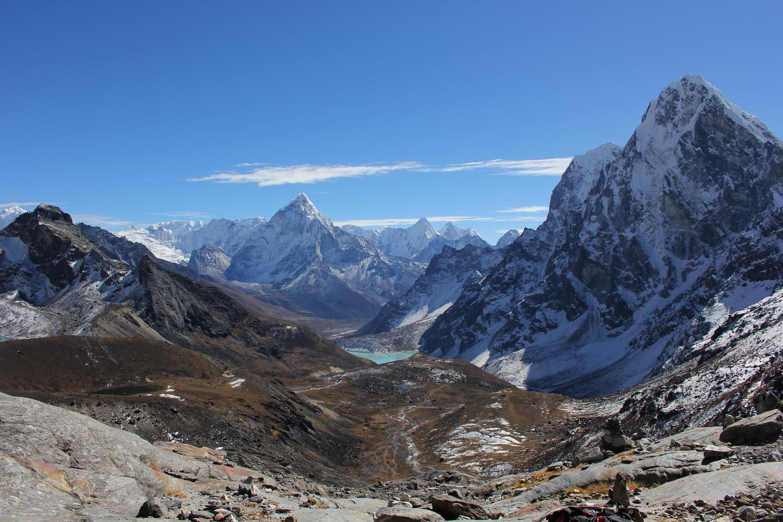 Cho La Pass in Nepal Himalaya