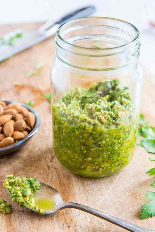 Low-FODMAP Pesto Sauce - a garlic-free, dairy-free recipe for pesto sauce that is Low-FODMAP and vegan - perfect for those with food sensitivities