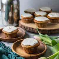 "Paleo Banana Muffins with Vanilla Bean ""Cream Cheese"" Frosting"