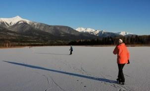 Cranberry Marsh skating Valemount (58)