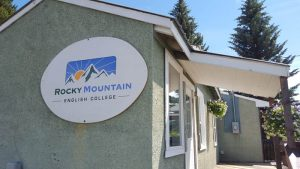 Rocky Mountain English College valemount_web