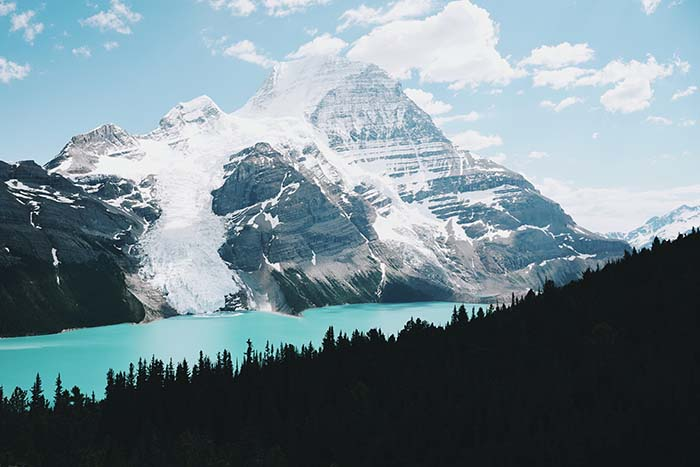 Berg Lake from Toboggan Falls Route_summer_photo_contest