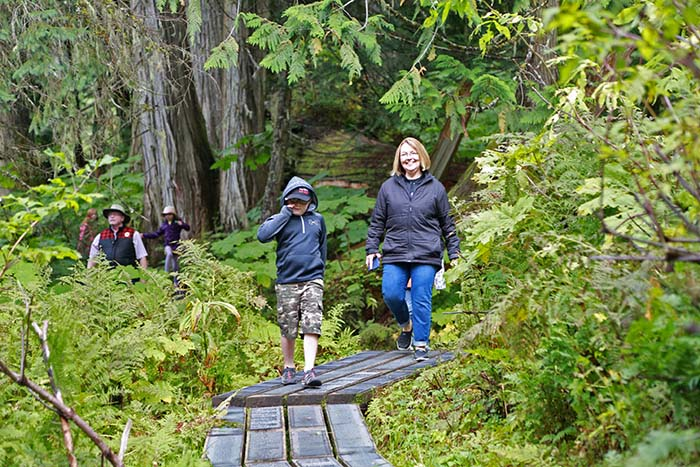 Most parks re-open May 14th; Jasper Park & Berg Lake Trail still off-limits
