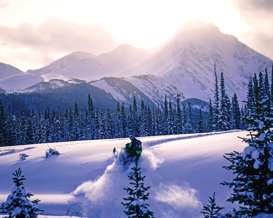 North-Rockies—Kakwa-snowmobiling