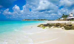 Booking a Vacation to Aruba With My Boyfriend
