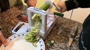 The Veggetti Spiralizes Vegetables into Spaghetti