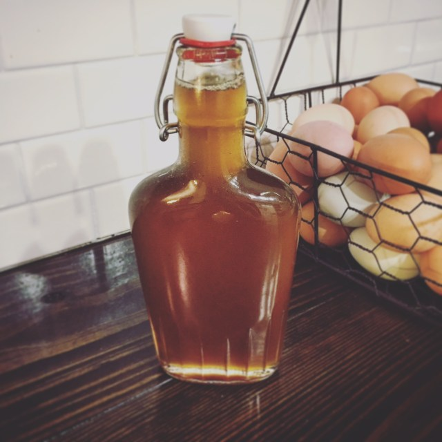Make your own maple syrup from home