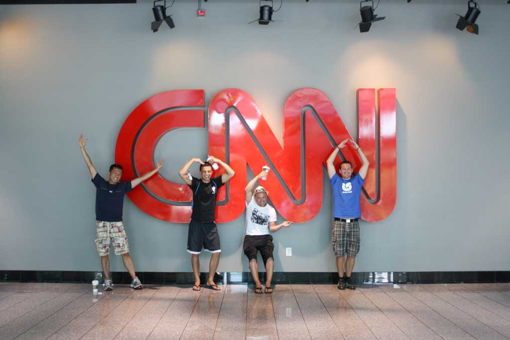How to be a great Couchsurfing host - at CNN Center in Atlanta