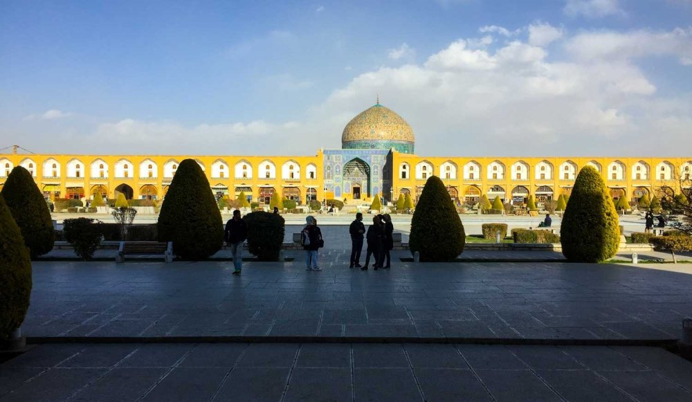 Is Iran safe for tourists - The square at Isfahan