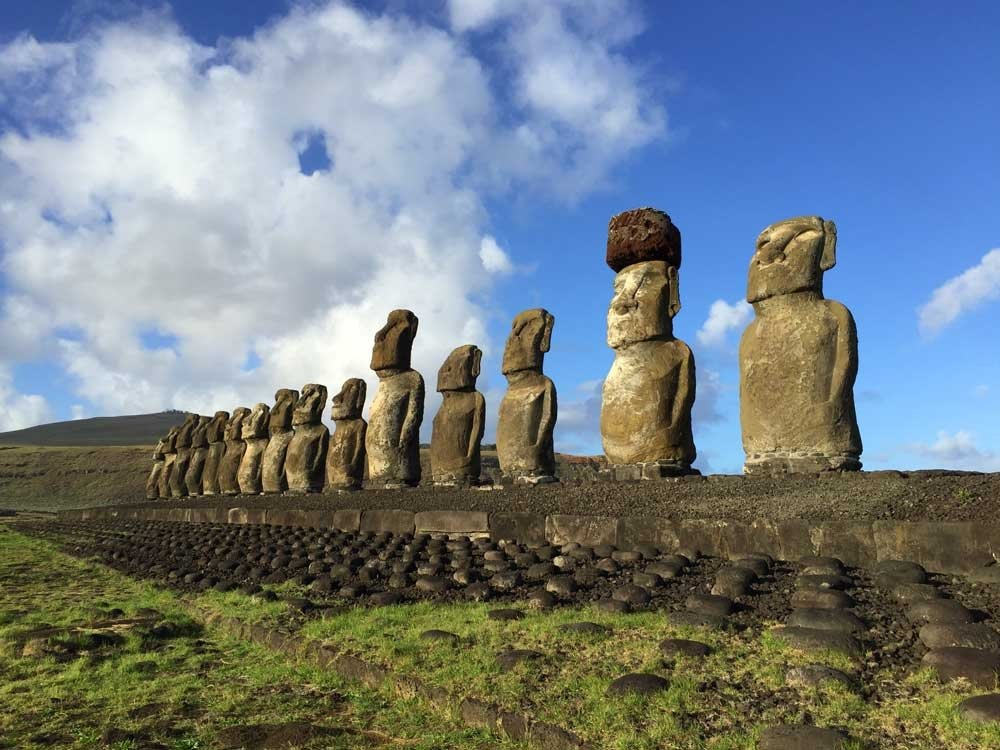South Pacific Island Vacation destinations - Ahu tongariki easter island