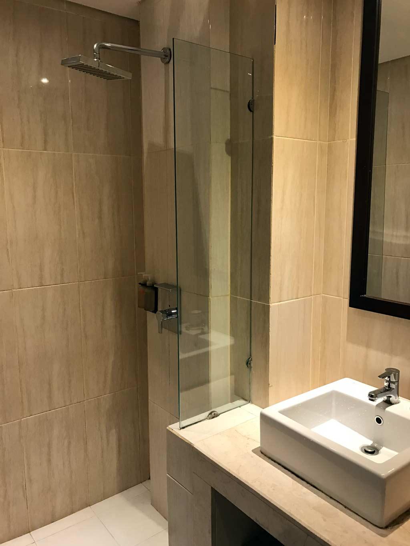 Edelweiss Boutique Hotel Kuta - Shower