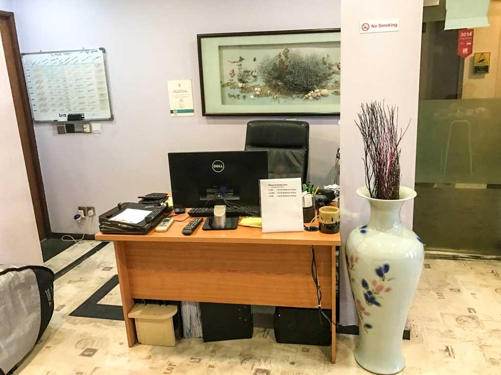 LVIS Boutique Hotel Front Desk