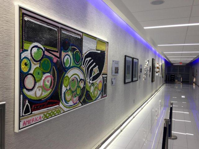 Delta Sky Clubs in Atlanta: Art Gallery