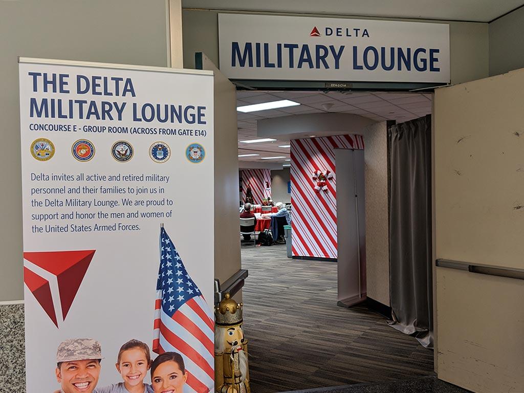 atl delta military lounge entrance