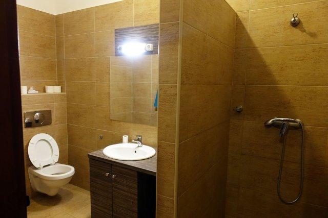 Full Moon Design Hostel Budapest Bathroom