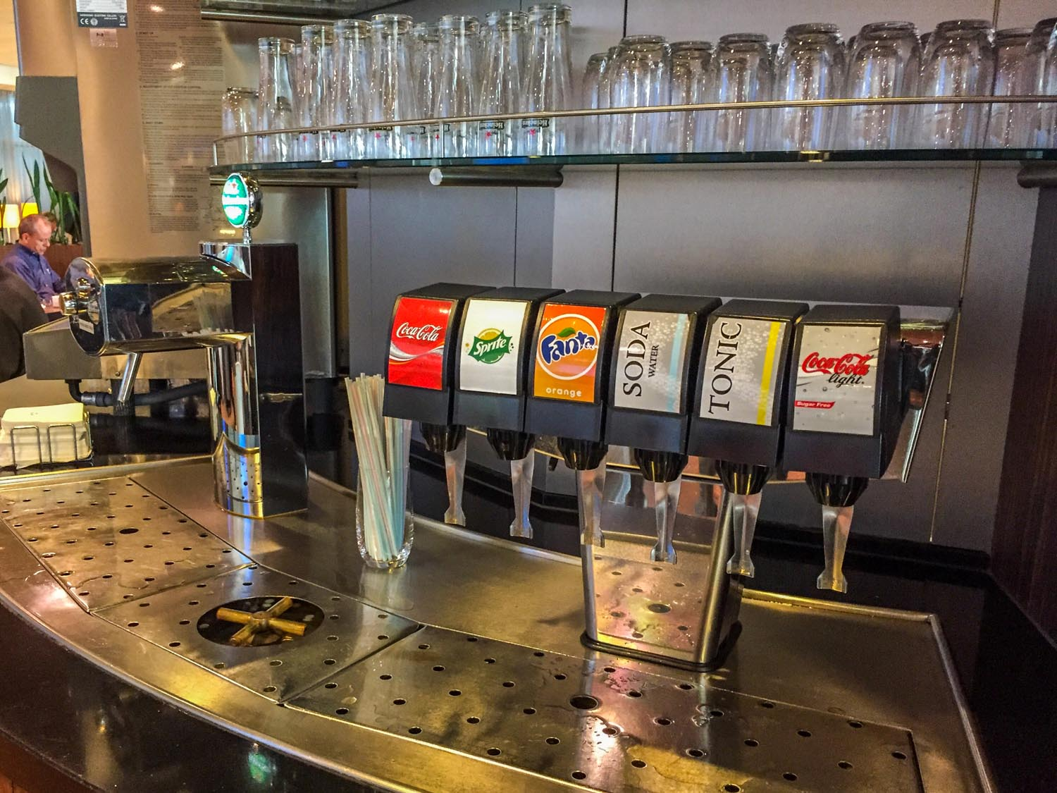 Aspire Lounge 41 soda fountain and Heineken tap