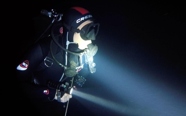 molnar janos budapest cave diving diver