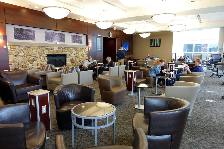 Alaska Airlines Lounge Seattle Fireplace