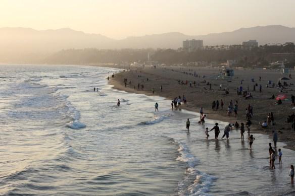 santa-monica-beach-2