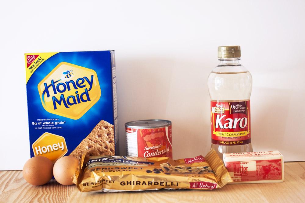 smores-fudge-bars-ingredients
